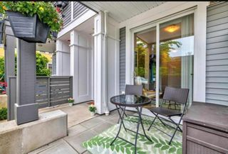 """Photo 3: 2 10974 BARNSTON VIEW Road in Pitt Meadows: South Meadows Townhouse for sale in """"OSPREY"""" : MLS®# R2616298"""