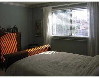 """Photo 3: 11160 KINGSGROVE Ave in Richmond: Ironwood Townhouse for sale in """"CEDAR GROVE ESTATE"""" : MLS®# V635440"""