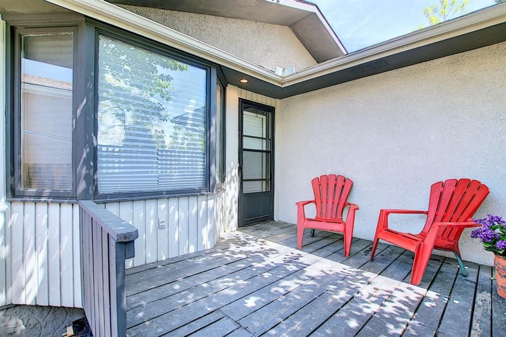 Main Photo: 3423 30A Avenue SE in Calgary: Dover Detached for sale : MLS®# A1114243