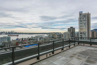 "Photo 11: 410 131 E 3RD Street in North Vancouver: Lower Lonsdale Condo for sale in ""THE ANCHOR"" : MLS®# R2139932"
