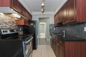 Photo 4: 214 9847 MANCHESTER Drive in Burnaby: Cariboo Condo for sale (Burnaby North)  : MLS®# R2024903