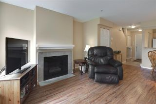 """Photo 3: 19 123 SEVENTH Street in New Westminster: Uptown NW Townhouse for sale in """"ROYAL CITY TERRACE"""" : MLS®# R2077015"""