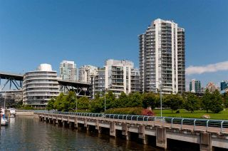 "Photo 29: 802 638 BEACH Crescent in Vancouver: Yaletown Condo for sale in ""ICON"" (Vancouver West)  : MLS®# R2511968"