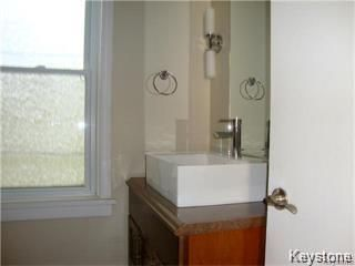 Photo 17: 641 Bannatyne Avenue in Winnipeg: Central Residential for sale (9A)  : MLS®# 1807698