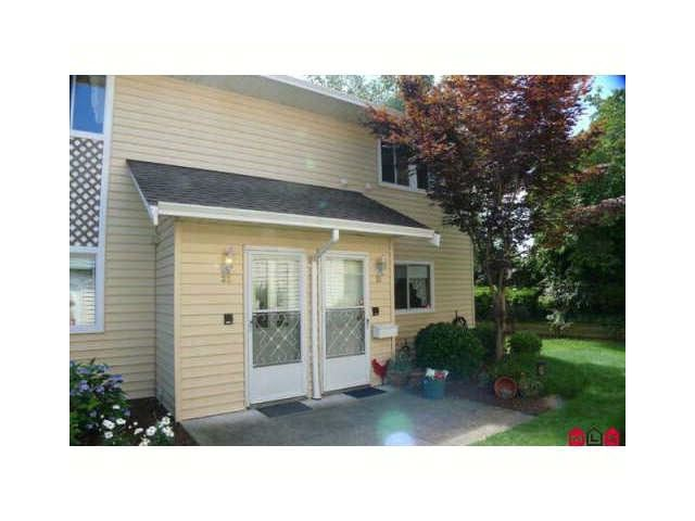 """Main Photo: 32 7525 MARTIN Place in Mission: Mission BC Condo for sale in """"LUTHER PLACE"""" : MLS®# R2033669"""