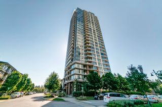 """Photo 1: 1207 3102 WINDSOR Gate in Coquitlam: New Horizons Condo for sale in """"Celadon by Polygon"""" : MLS®# R2624919"""