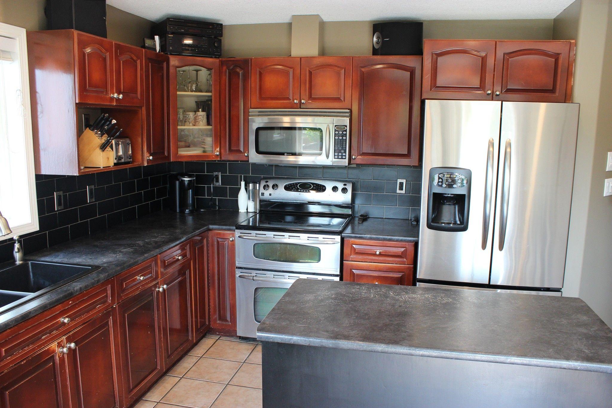 Photo 7: Photos: 729 McArthur Drive in Kamloops: Westsyde House for sale : MLS®# 151627