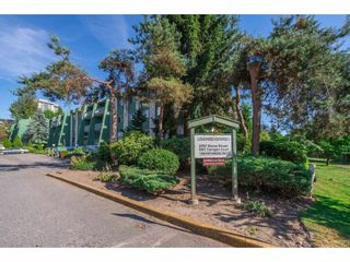 "Photo 2: 207 9202 HORNE Street in Burnaby: Government Road Condo for sale in ""Lougheed Estates"" (Burnaby North)  : MLS®# R2184298"