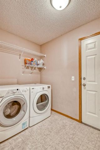 Photo 14: 60 Edgeridge Close NW in Calgary: Edgemont Detached for sale : MLS®# A1112714