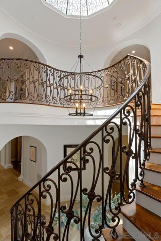 Photo 39: House for sale : 7 bedrooms : 11025 Anzio Road in Bel Air