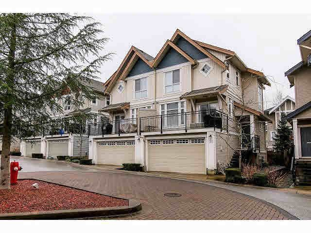 """Main Photo: 21 20120 68TH Avenue in Langley: Willoughby Heights Townhouse for sale in """"THE OAKS"""" : MLS®# F1430505"""