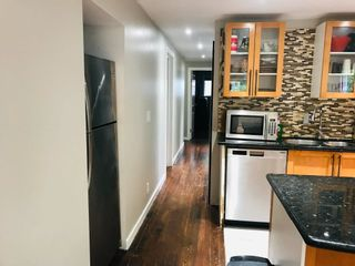 """Photo 8: 148 1830 MAMQUAM Road in Squamish: Northyards Manufactured Home for sale in """"TIMBERTOWN"""" : MLS®# R2618733"""
