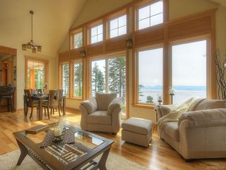 Photo 6: 2470 Lighthouse Point Rd in : Sk French Beach House for sale (Sooke)  : MLS®# 867503