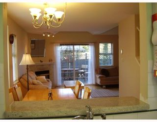 """Photo 3: 38 7433 16TH Street in Burnaby: Edmonds BE Townhouse for sale in """"VILLAGE DEL MAR"""" (Burnaby East)  : MLS®# V672755"""