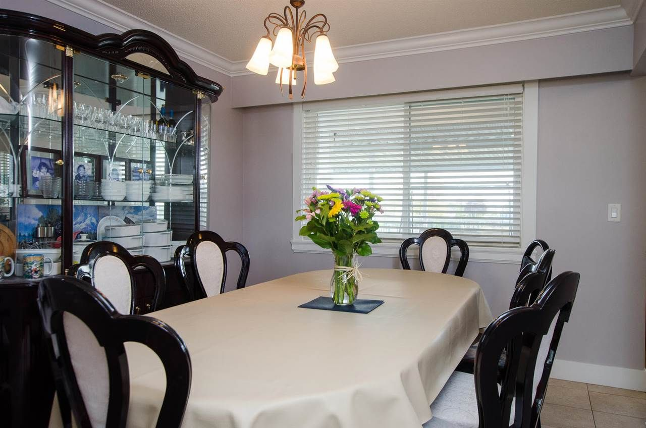 Photo 5: Photos: 4652 60B Street in Delta: Holly House for sale (Ladner)  : MLS®# R2366212