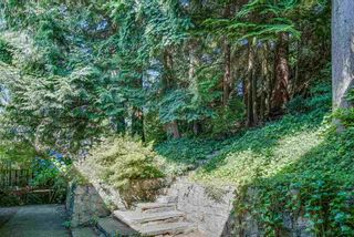 Photo 27: 474 MONTROYAL Boulevard in North Vancouver: Upper Delbrook House for sale : MLS®# R2481315