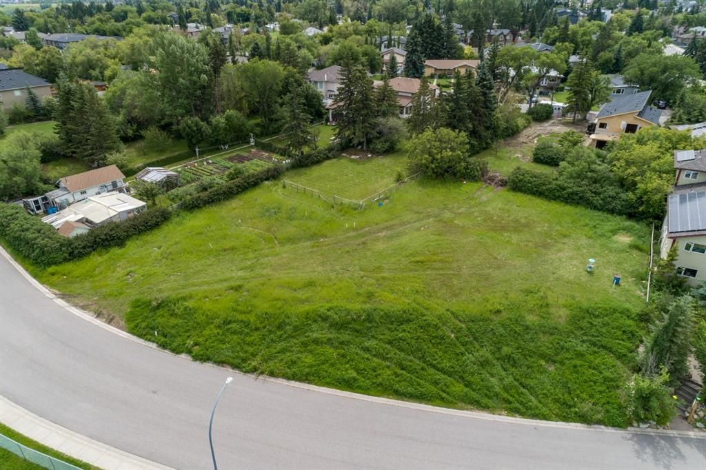 Photo 3: Photos: 415 31 Avenue NE in Calgary: Winston Heights/Mountview Land for sale : MLS®# A1010050