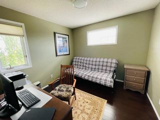 Photo 15: 1008 High Glen Bay NW: High River Detached for sale : MLS®# A1121017