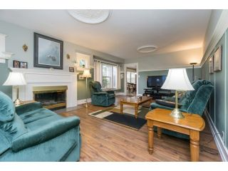 """Photo 5: 18076 58TH Avenue in Surrey: Cloverdale BC House for sale in """"CLOVERDALE"""" (Cloverdale)  : MLS®# F1440680"""