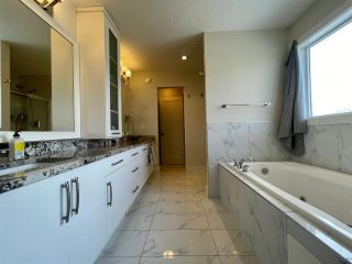 Photo 29: 1044 ARMITAGE Crescent in Edmonton: Zone 56 House for sale : MLS®# E4232773