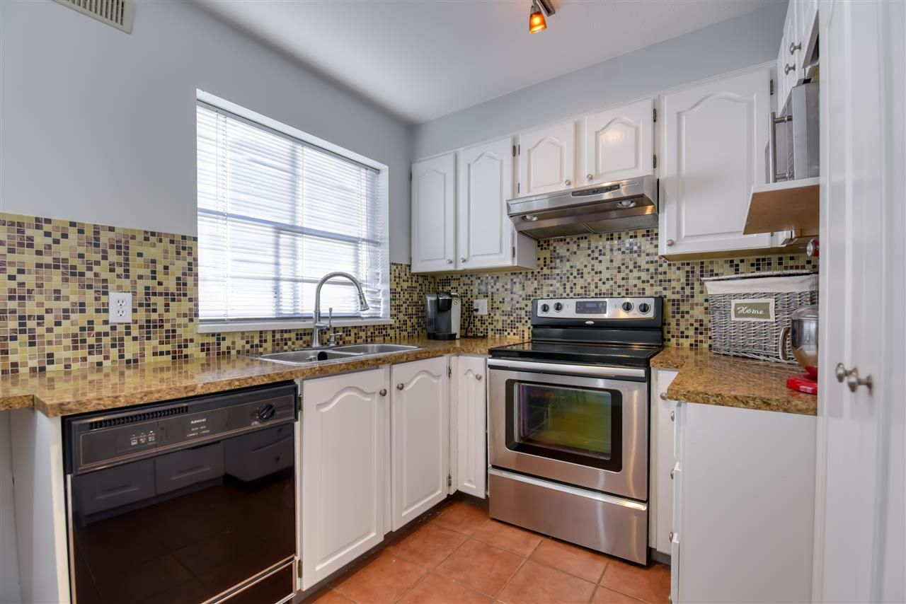 Photo 7: Photos: 8 2450 HAWTHORNE Avenue in Port Coquitlam: Central Pt Coquitlam Townhouse for sale : MLS®# R2499500