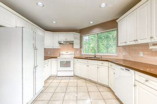 """Photo 9: 3318 ROBSON Drive in Coquitlam: Hockaday House for sale in """"HOCKADAY"""" : MLS®# R2473604"""