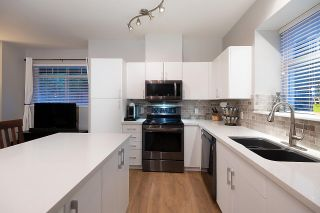 """Photo 21: 28 50 PANORAMA Place in Port Moody: Heritage Woods PM Townhouse for sale in """"ADVENTURE RIDGE"""" : MLS®# R2575105"""