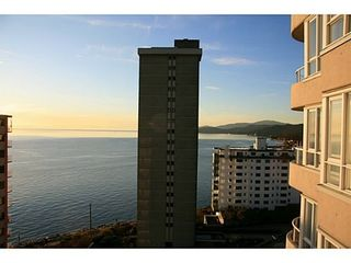 Photo 2: 1102 2203 BELLEVUE Ave in West Vancouver: Home for sale : MLS®# V1061143