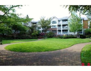 """Main Photo: 313 9668 148TH Street in Surrey: Guildford Condo for sale in """"Hartford Woods"""" (North Surrey)  : MLS®# F2814105"""