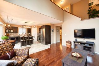 Photo 5: 39 Sierra Nevada Way SW in Calgary: Signal Hill Detached for sale : MLS®# C4302227