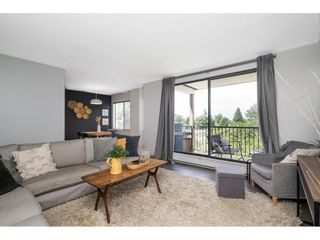 """Photo 13: 302 1720 SOUTHMERE Crescent in White Rock: Sunnyside Park Surrey Condo for sale in """"Capstan Way"""" (South Surrey White Rock)  : MLS®# R2602939"""