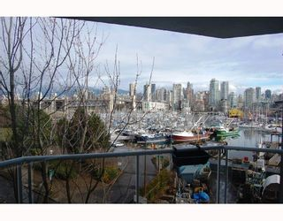 """Photo 8: 506 1510 W 1ST Avenue in Vancouver: False Creek Condo for sale in """"MARINER POINT"""" (Vancouver West)  : MLS®# V691019"""