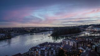"""Photo 5: 1704 1 RENAISSANCE Square in New Westminster: Quay Condo for sale in """"Q"""" : MLS®# R2539218"""