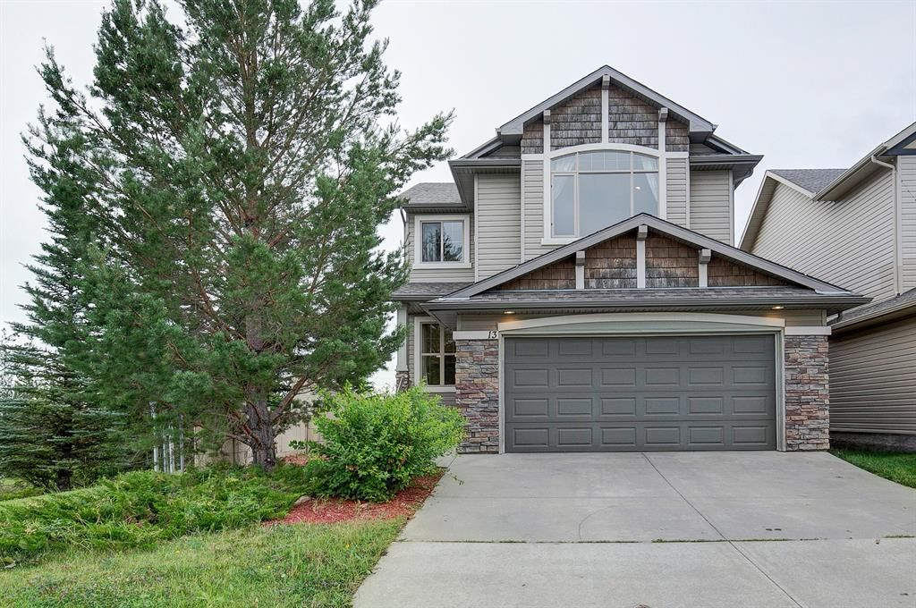 Main Photo: 13 everbrook Drive SW in Calgary: Evergreen Detached for sale : MLS®# A1137453
