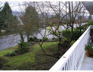 Photo 7: 936 BAKER Drive in Coquitlam: Chineside House for sale : MLS®# V798614