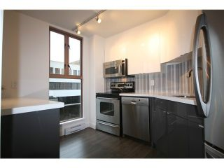 Photo 1: 305 1633 W 8TH Avenue in Vancouver: Fairview VW Condo for sale (Vancouver West)  : MLS®# V1056402