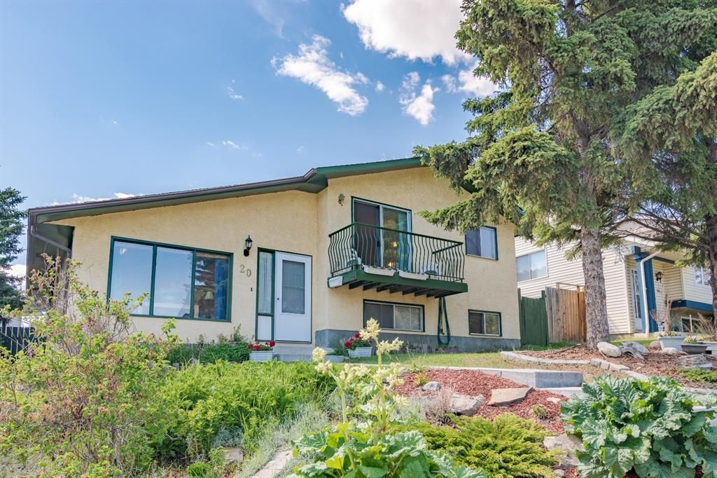 Main Photo: 20 Ranch Glen Drive NW in Calgary: Ranchlands Detached for sale : MLS®# A1115316