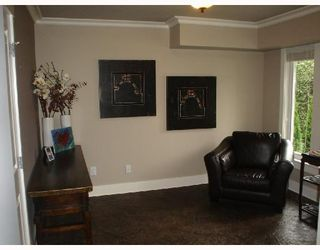 Photo 6: 235 W KINGS Road in North_Vancouver: Upper Lonsdale House for sale (North Vancouver)  : MLS®# V666660