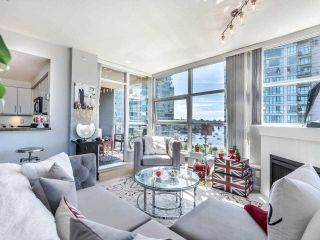 """Photo 8: 1301 189 NATIONAL Avenue in Vancouver: Downtown VE Condo for sale in """"SUSSEX"""" (Vancouver East)  : MLS®# R2590311"""