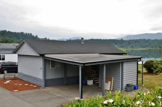 "Photo 18: 50 9960 WILSON Street in Mission: Mission-West Manufactured Home for sale in ""Ruskin Place"" : MLS®# R2426100"