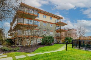 Photo 22: 305 2940 Harriet Rd in : SW Gorge Condo for sale (Saanich West)  : MLS®# 869511