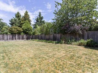 """Photo 13: 10220 BUTTERMERE Drive in Richmond: Broadmoor House for sale in """"MAPLE LANE"""" : MLS®# V1131486"""