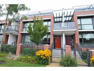 """Main Photo: 6436 ASH Street in Vancouver: Oakridge VW Townhouse for sale in """"WESTON WALK"""" (Vancouver West)  : MLS®# R2329065"""