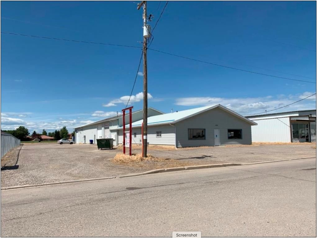 Main Photo: Commercial Building For Sale in Claresholm | MLS®# A1088245 | robcampbell.ca
