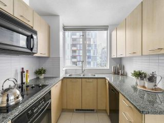 Photo 9: 1004 1155 SEYMOUR STREET in Vancouver: Downtown VW Condo for sale (Vancouver West)  : MLS®# R2169284