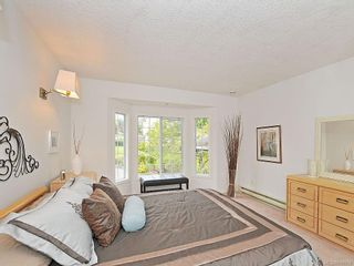 Photo 13: 423 Creed Pl in View Royal: VR Hospital House for sale : MLS®# 619958