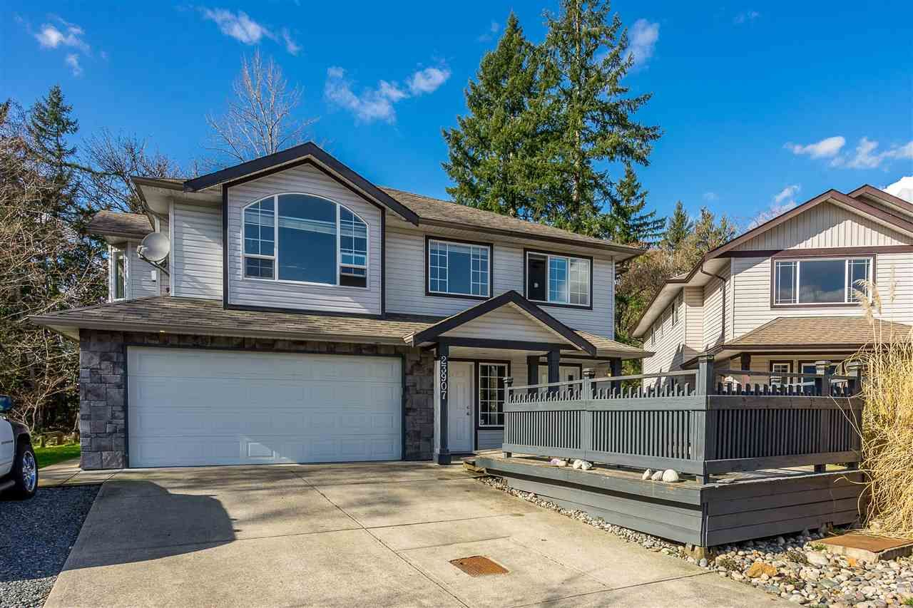 Main Photo: 23907 115A Avenue in Maple Ridge: Cottonwood MR House for sale : MLS®# R2442943