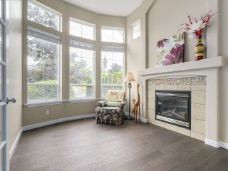 """Photo 2: 3569 ROSEMARY HEIGHTS Crescent in Surrey: Morgan Creek House for sale in """"ROSEMARY HEIGHTS"""" (South Surrey White Rock)  : MLS®# R2205138"""