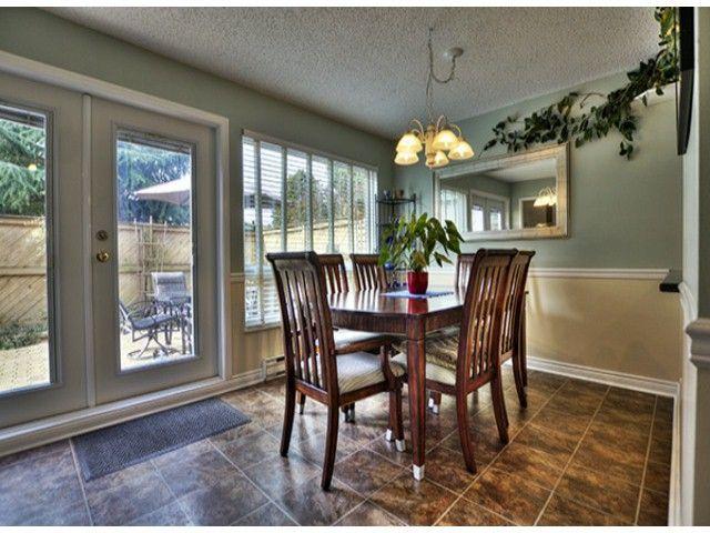 """Main Photo: 7712 119A ST in Delta: Scottsdale Townhouse for sale in """"WALDEN GLEN"""" (N. Delta)  : MLS®# F1304650"""