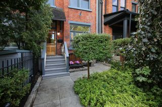 Photo 2: 401 E Wellesley Street in Toronto: Cabbagetown-South St. James Town House (3-Storey) for sale (Toronto C08)  : MLS®# C5364519